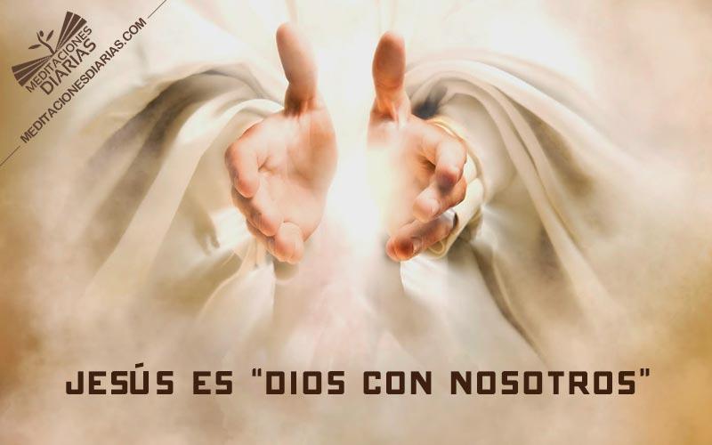 """""""Dios con nosotros"""""""