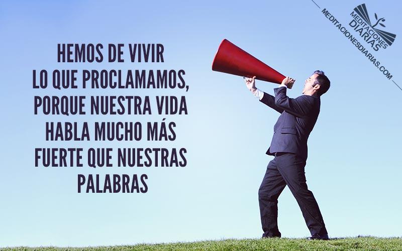 ¡Levanta con fuerza tu voz!